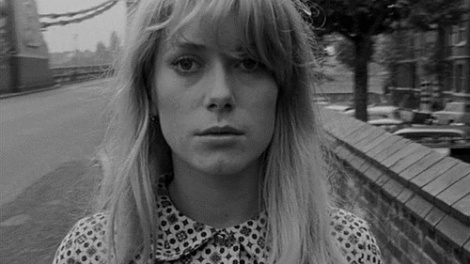 catherine-deneuve-in-repulsion